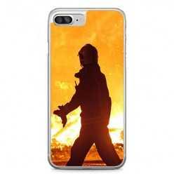 Etui na telefon iPhone 7 Plus - strażak w akcji.